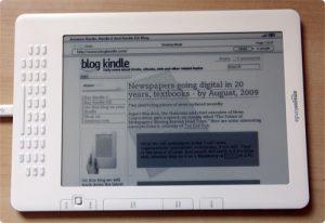 Amazon pronto al lancio di kindle con luce frontale web target.com
